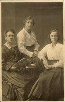 Rosa Stacey – 46 years old; Fanny Gertrude (Gertie) Ruscoe – 20 years old; Rose Edith Ruscoe – 24 years old